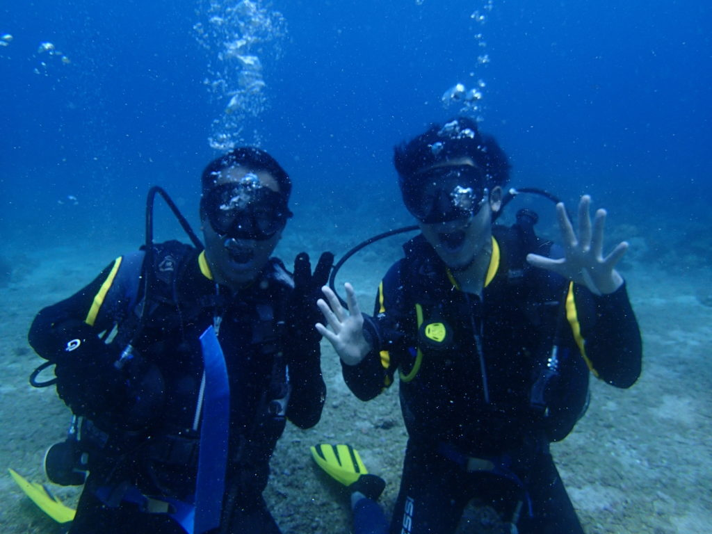 Diving in Borcay